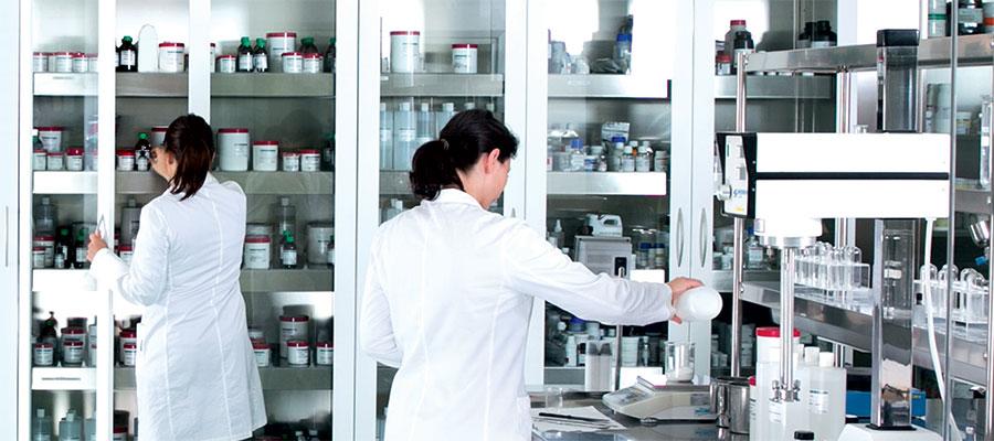 Il laboratorio Farmacisti Preparatori