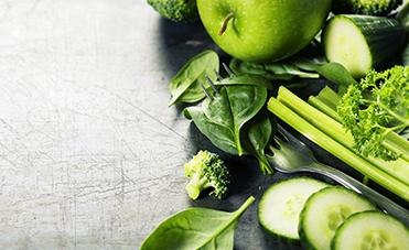 mele verdi, zucchine, sedano cibi sani e leggeri